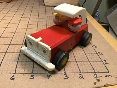 original Vintage Fisher Price pull toy CAR #674 SPORTS CAR - RED -