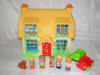 Happyland Rose Cottage with cars & family figures