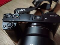 Sony A6000 e-mount mirroless camera with 4 lenses & accessories £1400 worth +