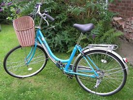LADIES/GIRLS Bicycle Sportsman 'Spring' Blue/green £100