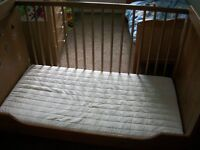 IKEA baby cot / toddler bed