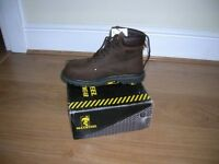 pair mens work boots