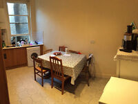 Nice single room is available now in clean house 5min walk to Station ** no extra **