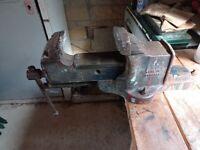 4 inch engineer vice