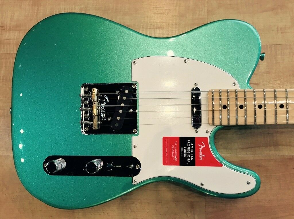 Fender American Professional Telecaster 2017 (AS NEW) Mystic