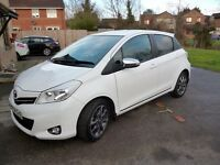 TOYOTA YARIS (14) PLATE 1.3 VTI 5 DOOR IN WHITE (LIMITED EDITION) FULL LEATHER....