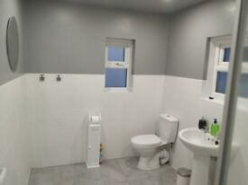Newly refurbished supersize huge rooms to let in central Newport 20+sqm