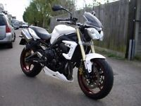 2011 IMMACULATE !! Triumph Street Triple