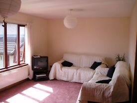 2 bedroom self contained flat with parking to rent in Elgin, Moray.
