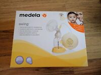 Medela Swing Electric Breastpump with accessories