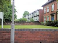 One bed furnished flat at `Mountfields` on Clarendon Road, very near Leeds Uni.