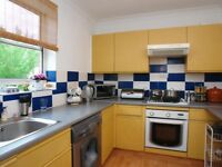 SHADWELL SHADWELL SHADWELL - 3 BED APARTMENT TO RENT FOR £2,300.00 - AVAILABLE NOW!!!