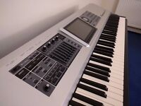 Roland Fantom G8 keyboard workstation