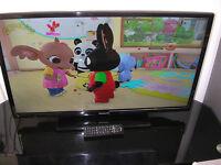 "PANASONIC 32"" LED SMART TV"