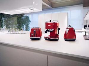 Delonghi 2 Slice Red Toaster CTO2003R