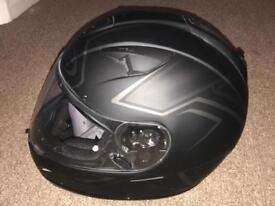 HJC TR-1 Helmet (Large) and Nitro Gloves - Black (M)
