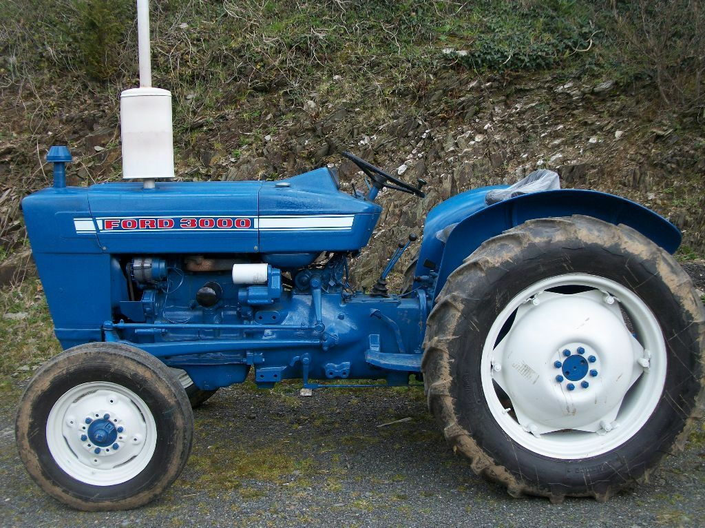 Ford 3000 Engine : Tractor ford in totnes devon gumtree