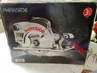 NEW 1450w 230v 210mm CIRCULAR SAW WITH LASER PARKSIDE (german built)