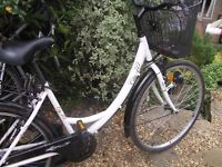 Ladies City 40 cycle - very good condition