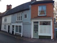 Lovely little 1 bed cottage close to North Walsham train station with deceivingly large kitchen