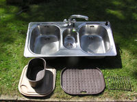 Franke 2.5 bowl sink with mixer tap, plumbed-in washing brush, chopping board, removable drainer etc