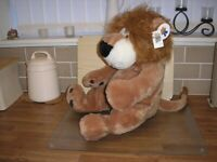 Huge lion in need of a new home, new with tag, from smoke & pet free home. Lovely gift. £7