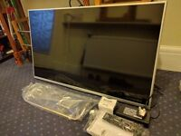 """42"""" Full HD Sony Bravia 42W706B In SIlver - Lowest Input Lag, Best HD Panel - Perfect Condition"""