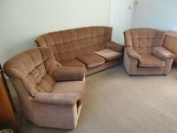 REID 3-piece suite (settee with 2 chairs)