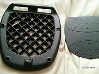 Givi base plate for motorcycle top box