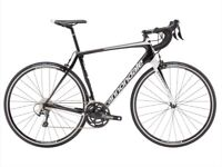 2018 carbon cannondale synapse tiagra. Brand new in packaging still with full recipt