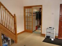 Immaculate 3 Bedroom House - Fully Fitted Kitchen - Available Mid March - Close to Alperton Station