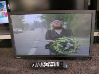 "TOSHIBA 22"" LED TV/DVD"