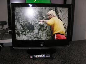 """MURPHY 22"""" LCD TV"""