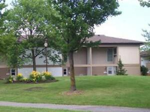 Picturesque 3 Bedroom Townhouses Available for Rent!