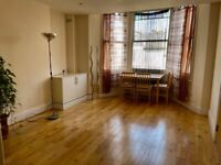 Stunning 2 Bed Flat, Westbere Road, NW2