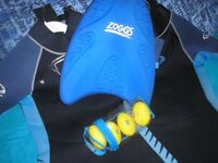 Swimming kickboard with toys