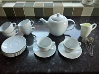 House Clearance! Glasses and tea set for sale
