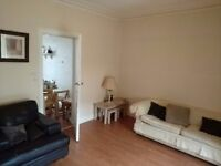 2 Room Flat to rent in Baillieston. Safe area with easy connection to the city centre