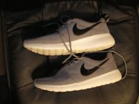 "Mens ""Nike Lunar Force"" Trainers Size 7 UK."