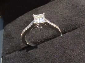 GIA certified Princess Cut Diamond 0.95cts Platinum Engagement Ring size M