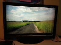 Hitachi 42 inch FULL HD TV with 1920 x 1080 HD resolution