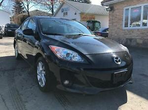 2013 Mazda Mazda3 GS SKY Leather, Roof