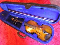 Hardly used violin for sale, great for beginners