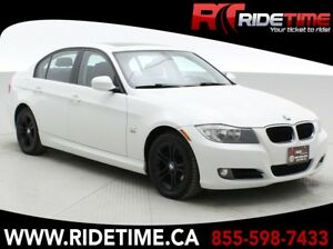 2011 BMW 3 Series 328i xDrive AWD - Leather, Sunroof, Alloy Whee