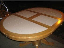 Round Extendable table with white tile top