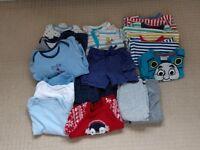 Bundle of clothes, 9-12 months