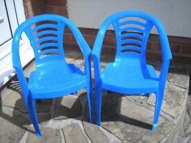 Childrens Plastic Garden Chairs x 2 - Blue