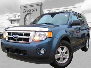 2011 Ford Escape XLT // 4x4 // Leather Edmonton Edmonton Area image 2