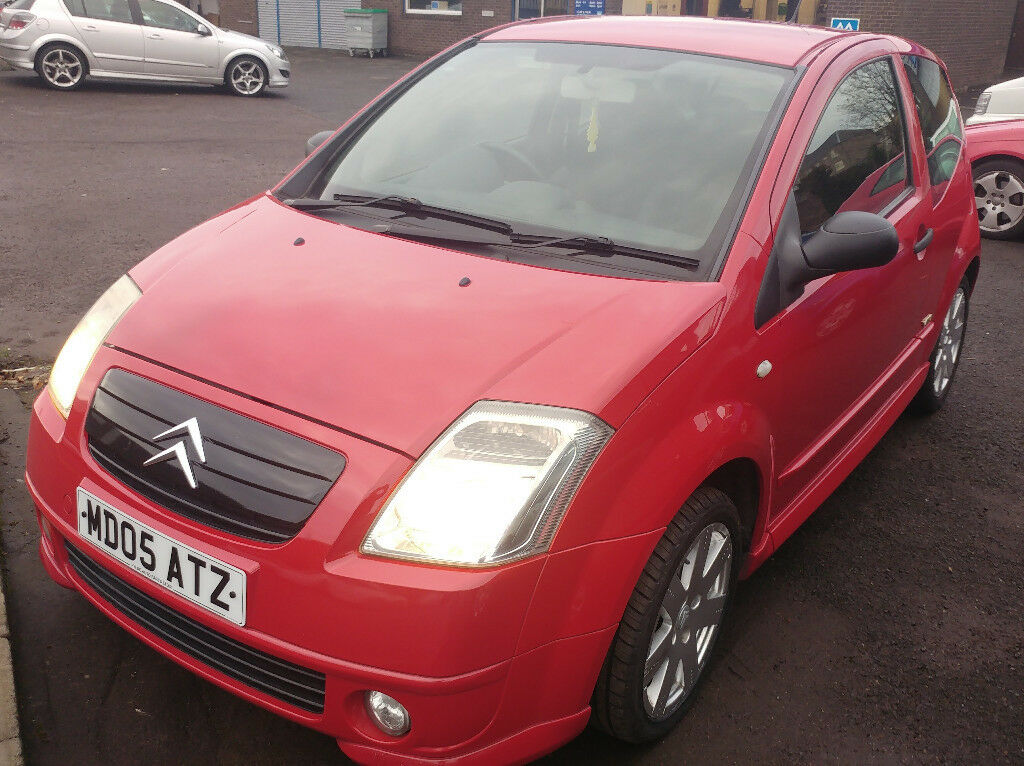 VTR C2 AUTOMATIC - Great Condition For Mileage