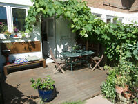 Beautiful 2 bedroom home with lush gardens in the coolest part of east London, London Fields